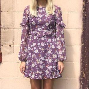 ASTR Long Sleeved Floral Print Dress 🌸🌼